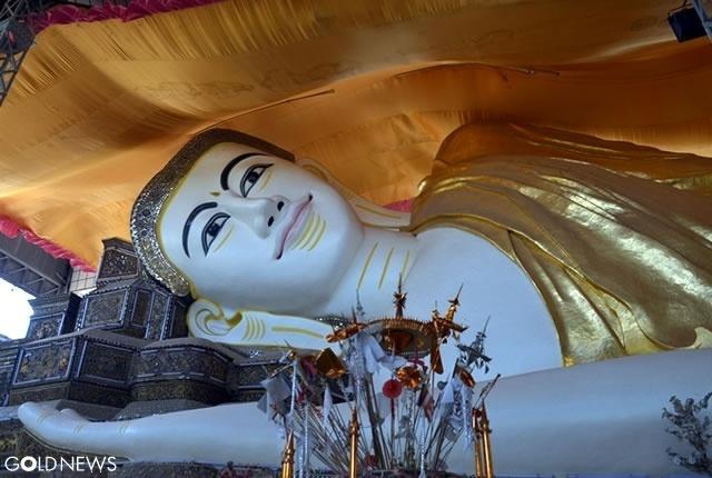 シュエターリャウン寝仏/Shwethalyaung Buddha